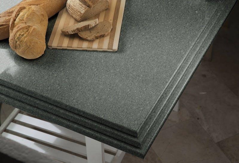 encimera cocina verde cantos 1 | Cosentino